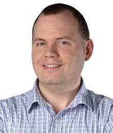Luke Roessler headshot